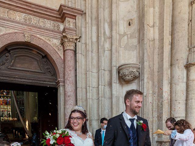 Le mariage de Anthony et Louise-Eugénie à Dole, Jura 37