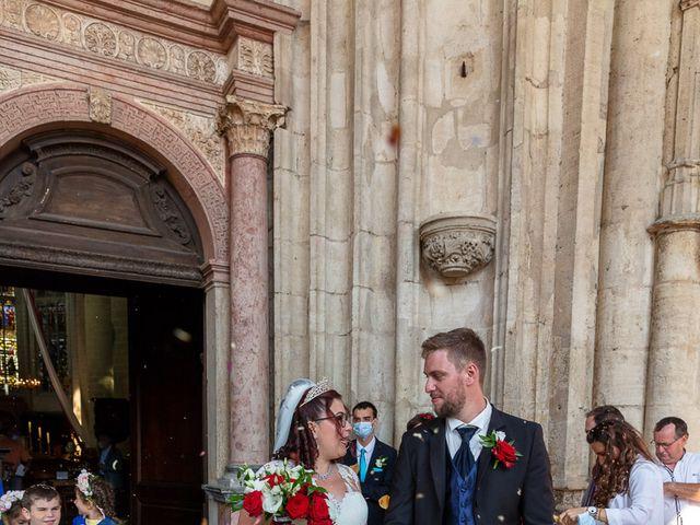 Le mariage de Anthony et Louise-Eugénie à Dole, Jura 38