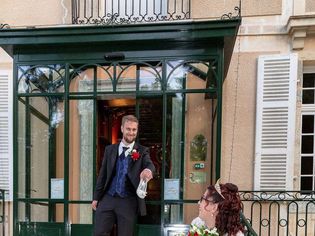 Le mariage de Anthony et Louise-Eugénie à Dole, Jura 47