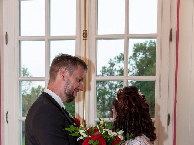 Le mariage de Anthony et Louise-Eugénie à Dole, Jura 49