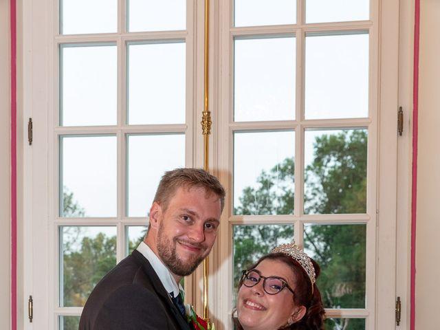 Le mariage de Anthony et Louise-Eugénie à Dole, Jura 50