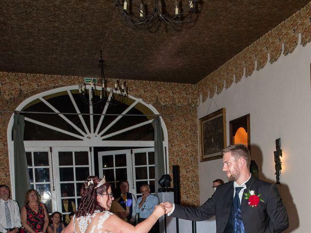 Le mariage de Anthony et Louise-Eugénie à Dole, Jura 53