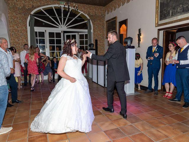 Le mariage de Anthony et Louise-Eugénie à Dole, Jura 54