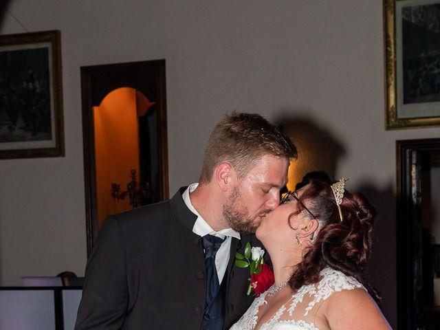 Le mariage de Anthony et Louise-Eugénie à Dole, Jura 64