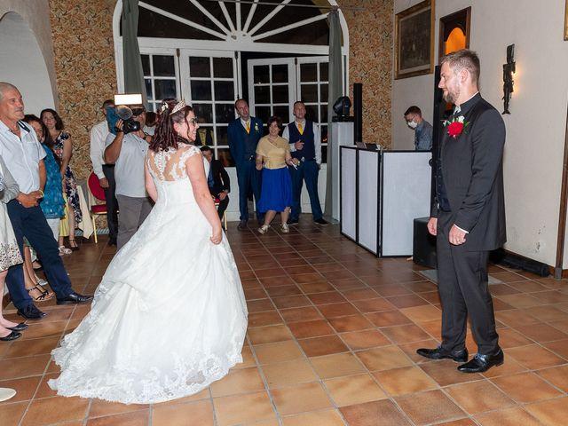 Le mariage de Anthony et Louise-Eugénie à Dole, Jura 65