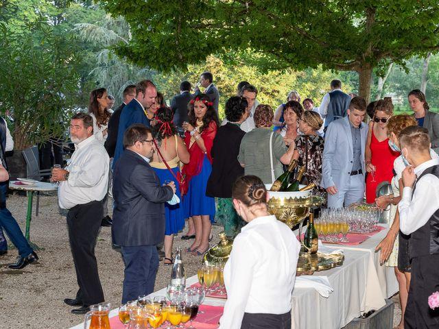 Le mariage de Anthony et Louise-Eugénie à Dole, Jura 70