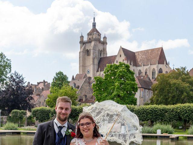 Le mariage de Anthony et Louise-Eugénie à Dole, Jura 82