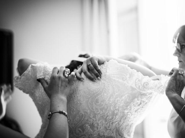 Le mariage de Remy et Lucie à Vauvert, Gard 16