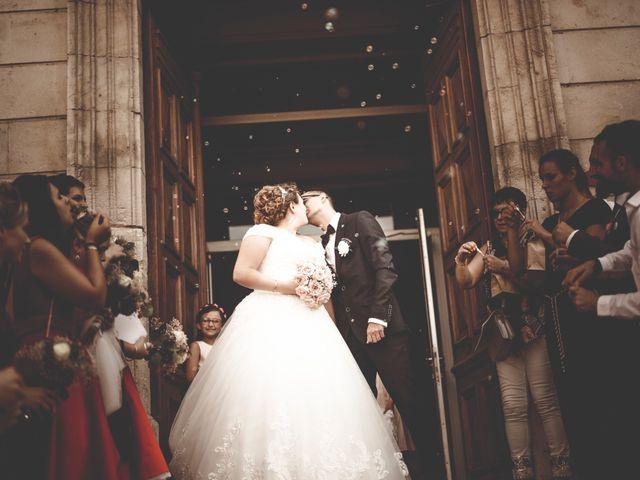 Le mariage de Remy et Lucie à Vauvert, Gard 29