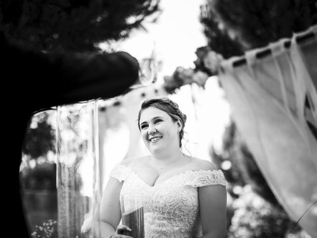 Le mariage de Remy et Lucie à Vauvert, Gard 41