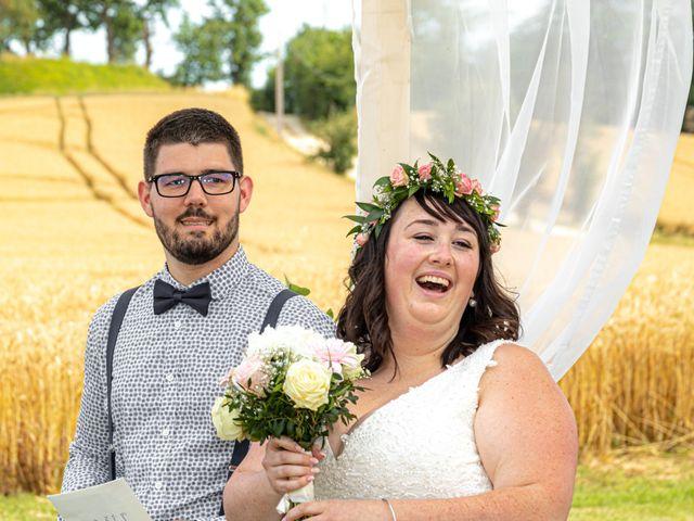 Le mariage de Jonathan et Camille à L'Isle-Jourdain, Gers 1