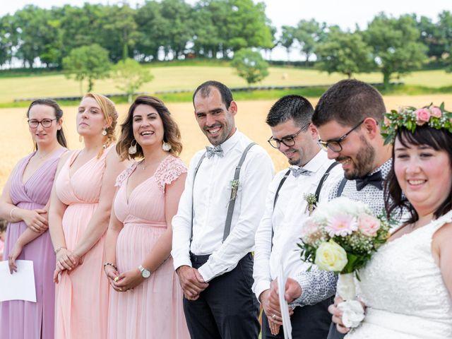 Le mariage de Jonathan et Camille à L'Isle-Jourdain, Gers 19