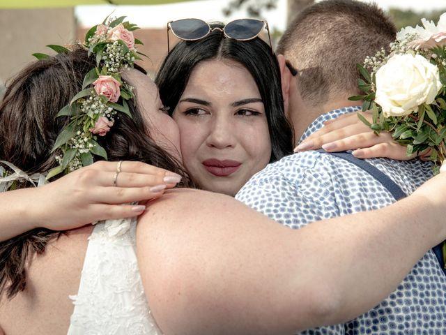 Le mariage de Jonathan et Camille à L'Isle-Jourdain, Gers 40