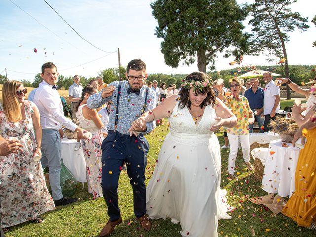 Le mariage de Jonathan et Camille à L'Isle-Jourdain, Gers 42