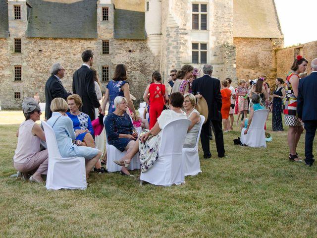 Le mariage de Jérôme et Marguerite à La Chapelle-Glain, Loire Atlantique 94