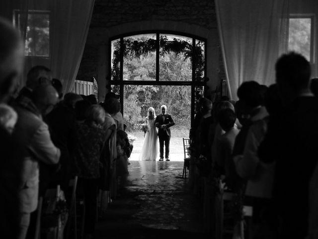 Le mariage de Océane et Loïc à Anse, Rhône 16