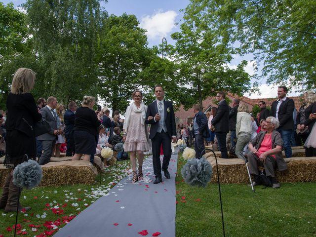 Le mariage de Jimmy et Amandine à Hersin-Coupigny, Pas-de-Calais 9