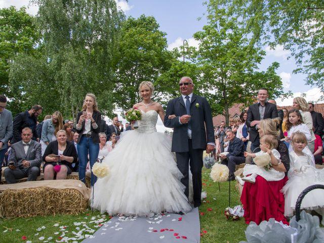 Le mariage de Jimmy et Amandine à Hersin-Coupigny, Pas-de-Calais 10