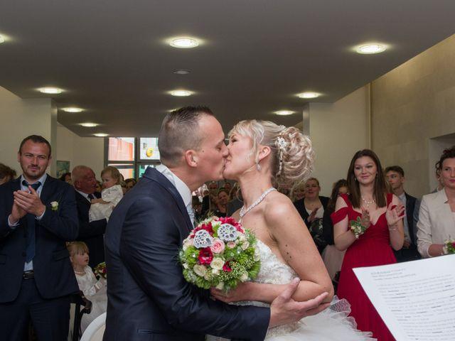 Le mariage de Jimmy et Amandine à Hersin-Coupigny, Pas-de-Calais 12