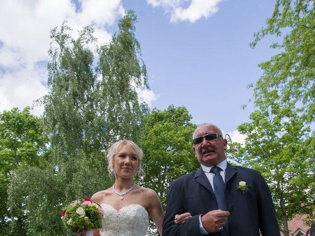 Le mariage de Jimmy et Amandine à Hersin-Coupigny, Pas-de-Calais 16