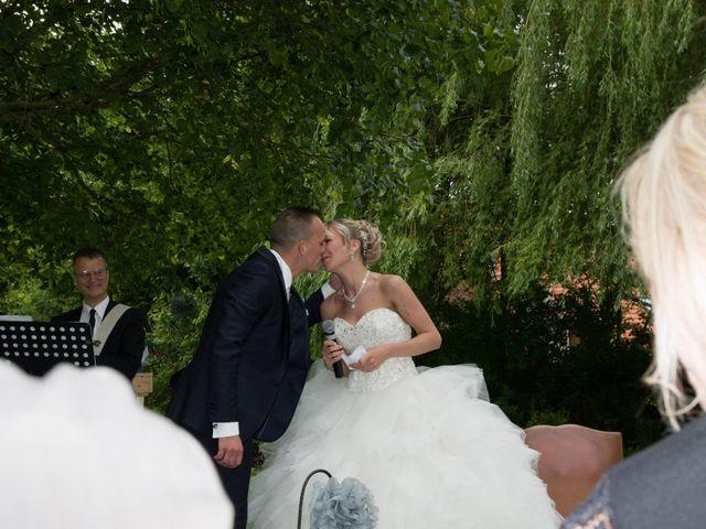 Le mariage de Jimmy et Amandine à Hersin-Coupigny, Pas-de-Calais 17