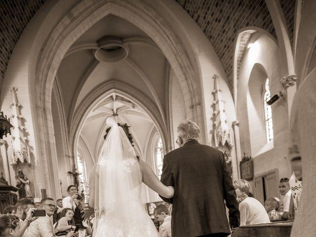 Le mariage de Bertrand et Audrey à Pierrefitte-sur-Sauldre, Loir-et-Cher 37