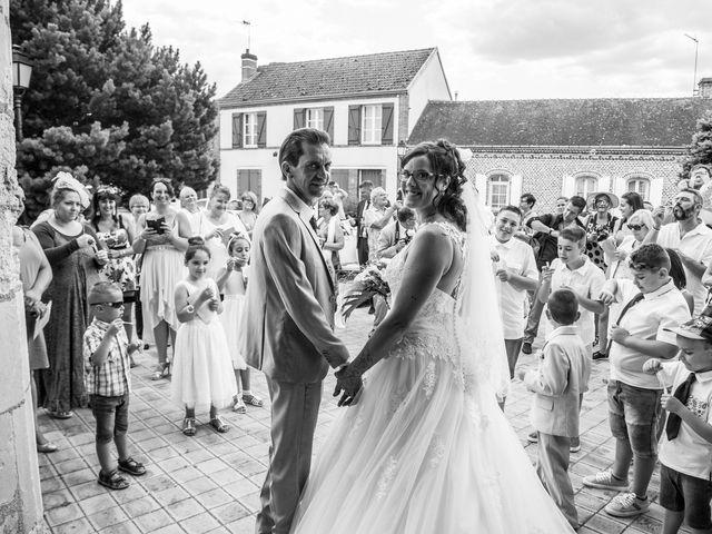 Le mariage de Bertrand et Audrey à Pierrefitte-sur-Sauldre, Loir-et-Cher 59