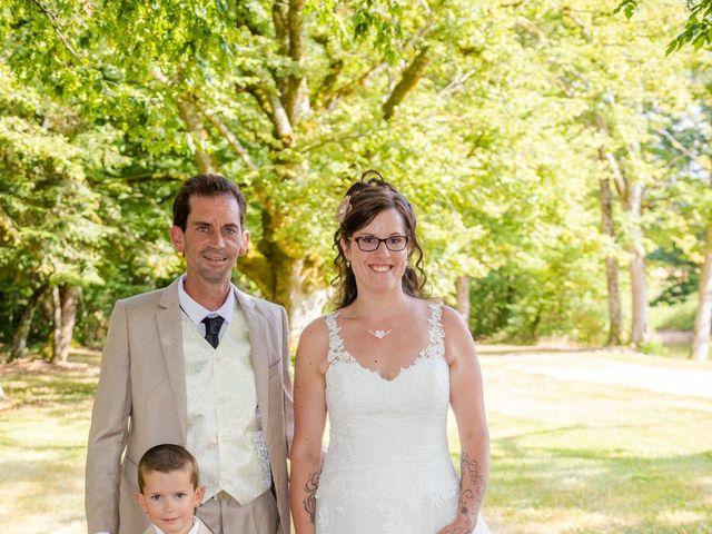 Le mariage de Bertrand et Audrey à Pierrefitte-sur-Sauldre, Loir-et-Cher 74