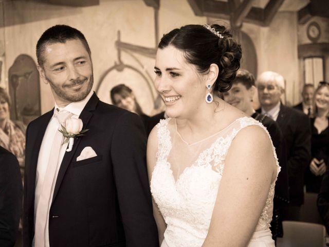 Le mariage de Julien et Audrey à Larnaud, Jura 13