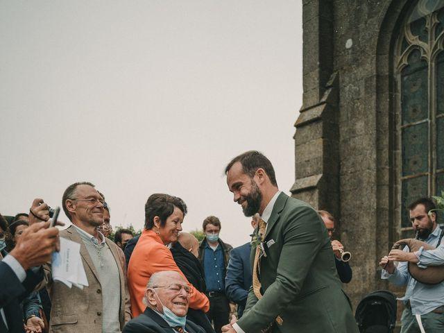 Le mariage de Alexis et Violette à Plouarzel, Finistère 69