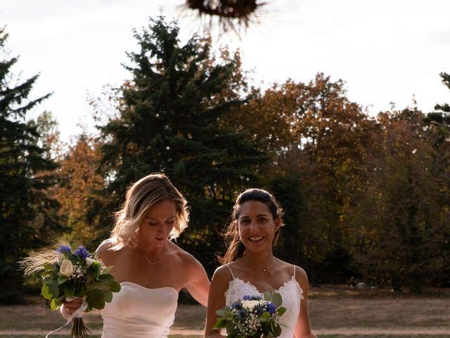 Le mariage de Vanessa et Laura à Lyon, Rhône 23