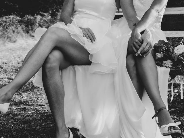 Le mariage de Vanessa et Laura à Lyon, Rhône 28