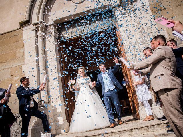 Le mariage de Romain et Coralie à Pont-Évêque, Isère 17