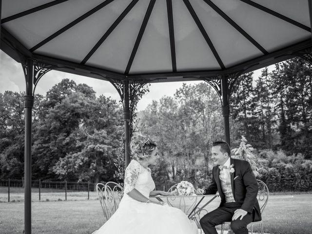 Le mariage de Romain et Coralie à Pont-Évêque, Isère 1