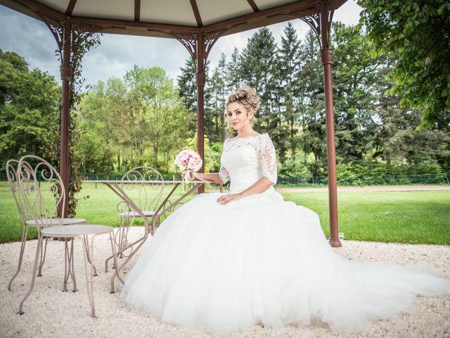 Le mariage de Romain et Coralie à Pont-Évêque, Isère 32