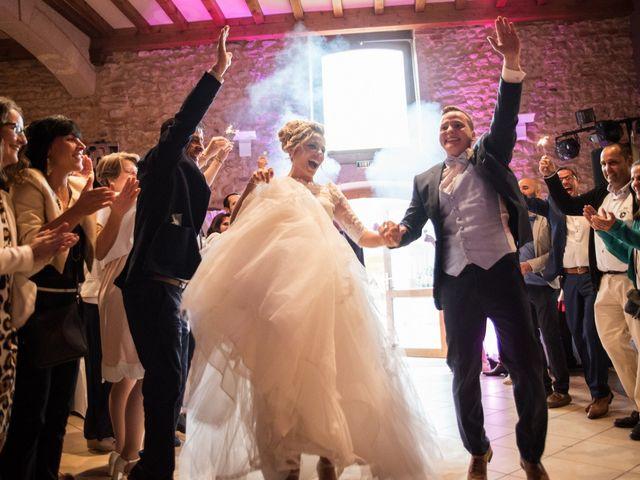 Le mariage de Romain et Coralie à Pont-Évêque, Isère 39