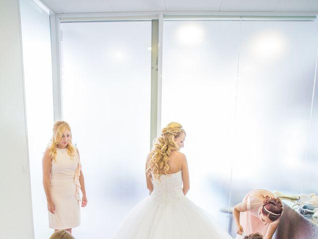 Le mariage de Loïc et Alexina à Fabrègues, Hérault 15