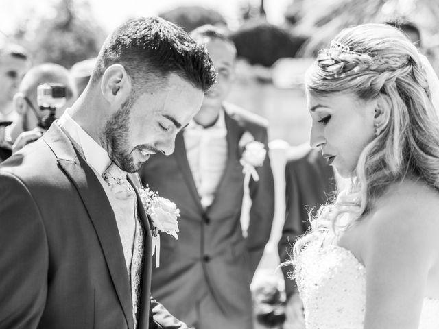 Le mariage de Loïc et Alexina à Fabrègues, Hérault 26