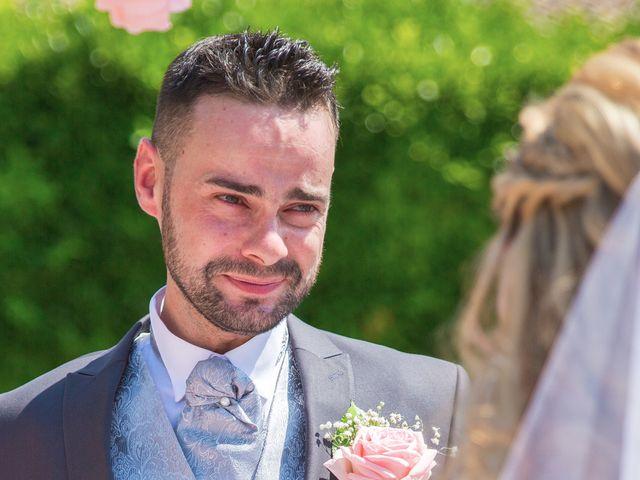 Le mariage de Loïc et Alexina à Fabrègues, Hérault 27