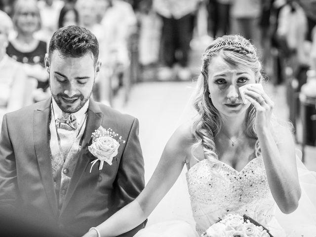 Le mariage de Loïc et Alexina à Fabrègues, Hérault 28