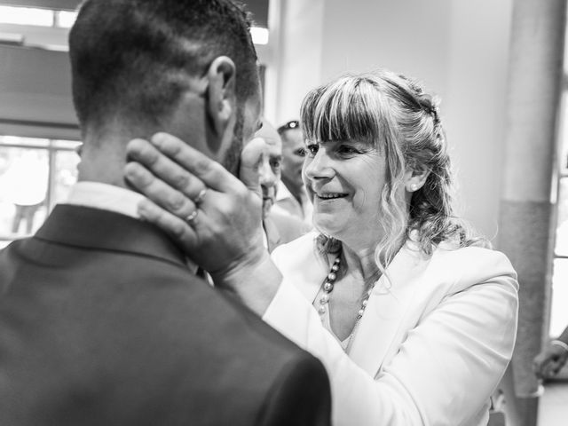 Le mariage de Loïc et Alexina à Fabrègues, Hérault 30