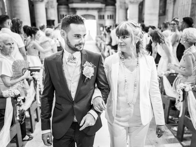 Le mariage de Loïc et Alexina à Fabrègues, Hérault 33