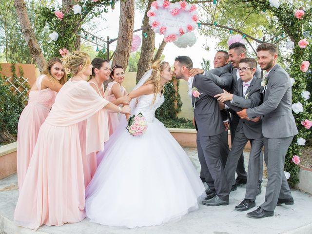 Le mariage de Loïc et Alexina à Fabrègues, Hérault 44