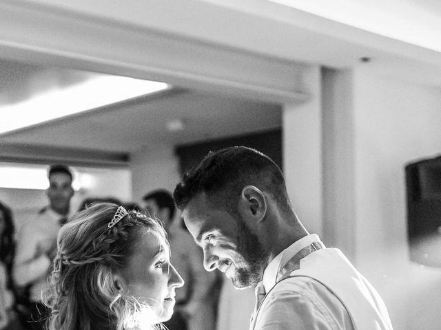 Le mariage de Loïc et Alexina à Fabrègues, Hérault 50