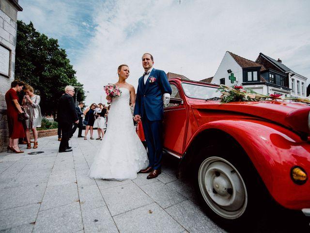 Le mariage de Damien et Isabelle à Roncq, Nord 21