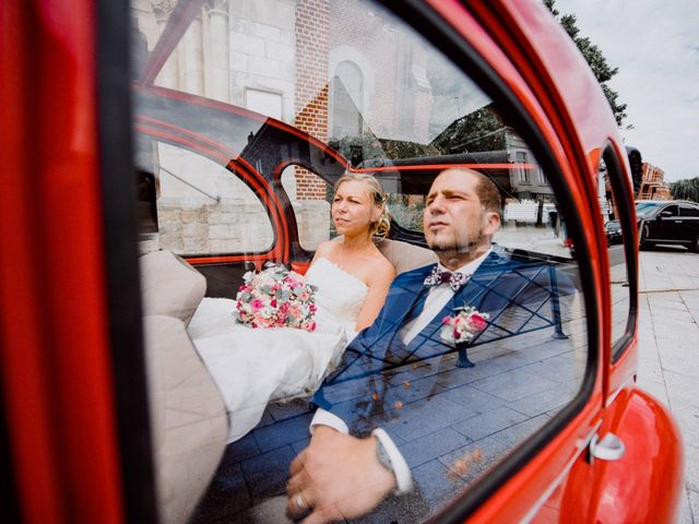 Le mariage de Damien et Isabelle à Roncq, Nord 23