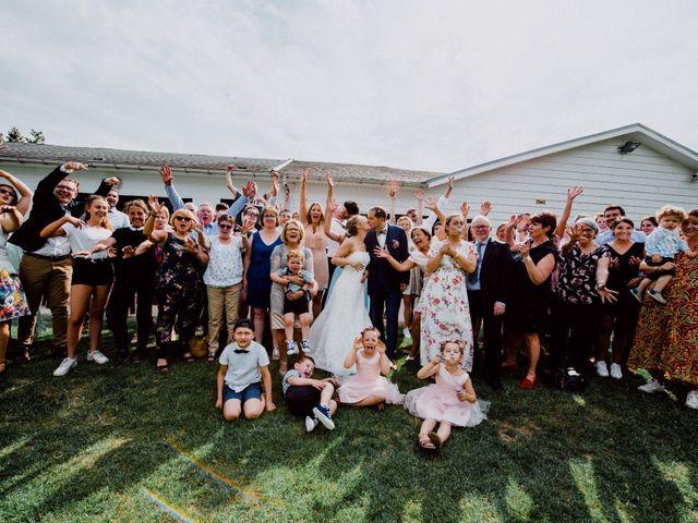 Le mariage de Damien et Isabelle à Roncq, Nord 24