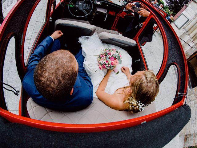 Le mariage de Damien et Isabelle à Roncq, Nord 27