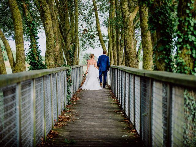 Le mariage de Damien et Isabelle à Roncq, Nord 41