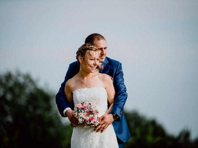 Le mariage de Damien et Isabelle à Roncq, Nord 43